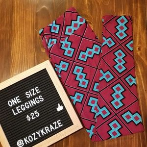 NWT One Size LuLaRoe Leggings
